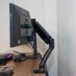 グリーンハウスのガススプリング式モニターアームGH-AMCD01をレビュー