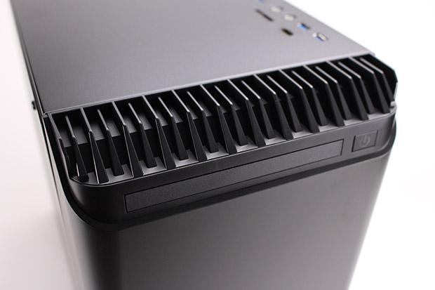 NEXTGEAR i680PA1-SMMの光学ドライブ
