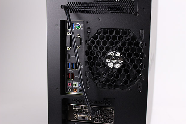 NEXTGEAR i680PA1-SMMのHDMI端子について
