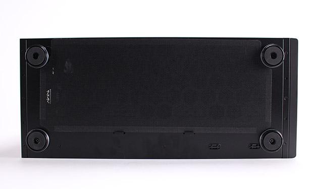 NEXTGEAR i680PA1-SMMの底面