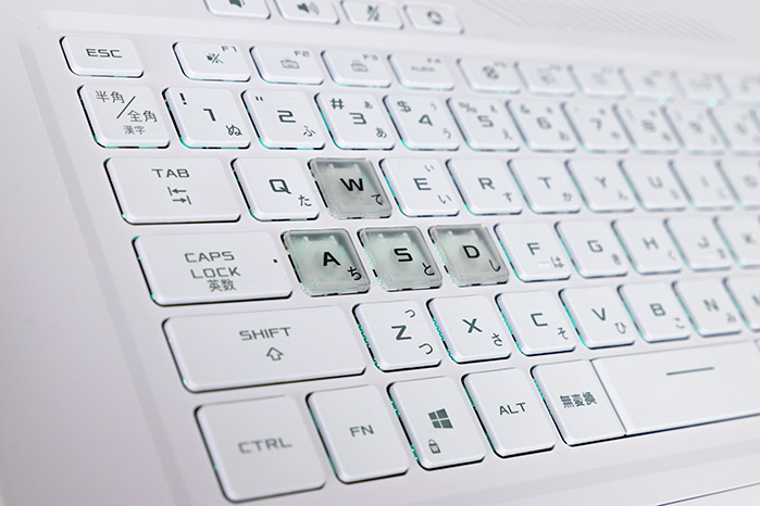 ASUS TUF Dash F15のキーボード拡大画像